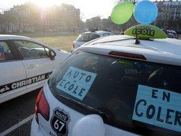 Réforme du permis de conduire: les auto-écoles ont manifesté à Paris