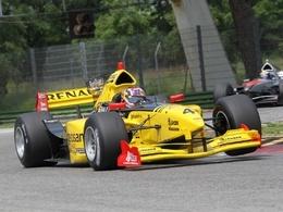 (Minuit chicanes) Après Lada, Skoda se retrouve sur une monoplace arborant les couleurs de Renault