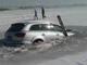Insolite : il coule accidentellement son Audi Q7 dans un lac gelé