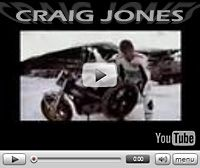 Vidéo moto : Craig Jones stunte sur la glace