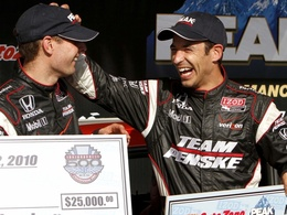 Indy 500: Castroneves partira (encore !) en pole.
