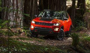 """Jeep lance le """"2 en 1"""" : un Renegade en attendant le Compass"""