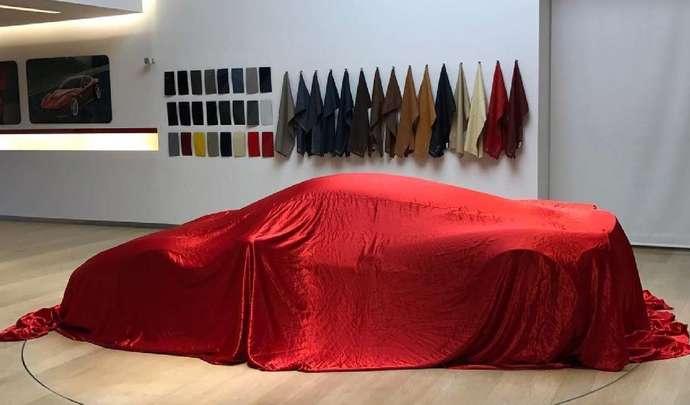 Une mystérieuse Ferrari fait son apparition