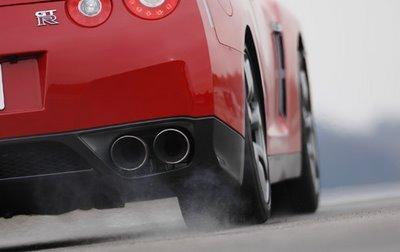 Nissan GT-R : exit le launch control !