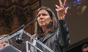 """Anne Hidalgo: """"la pollution de l'air a baissé de 30% à Paris"""""""