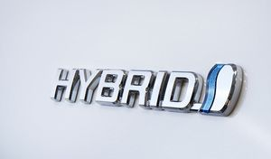 Toyota: l'hybride représentera 60% des ventes enFrance en 2017
