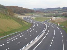 Les autoroutes françaises sont les plus sûres, mais le reste du réseau laisse à désirer