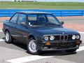 L'avis propriétaire du jour : lambo-sv nous parle de sa BMW Série 3 E30 316i Coupé 2p.