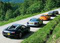 Vidéo: Bugatti Veyron, Audi R8, Porsche 997 GT3RS, Aston Martin DB9 SP et Lamborghini Gallardo Superleggera ...
