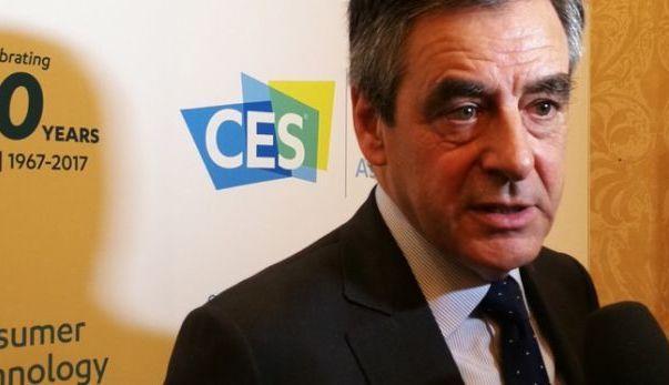Voiture autonome: l'enjeu le plus important depuis mille ans pour Fillon
