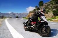 50 cm3 tout sur 50 cm3 moto scooter caradisiac moto. Black Bedroom Furniture Sets. Home Design Ideas