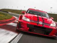 L'équipe de Sébastien Loebboude la Peugeot 308 au profit de la Volkswagen Golf TCR