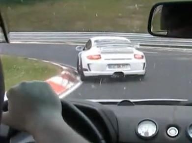 Vidéo : Explications musclées entre un Speedster turbo et une Porsche GT3 (au Ring')