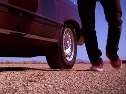 Kilian Martin : Altered Route. Le skate vu par Mercedes (sublime)