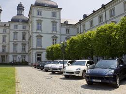 """Porsche """"pense Afrique"""" et soigne son avenir"""