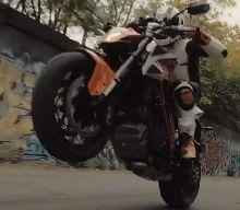 Vidéo - KTM: la 1290 Super Duke R réveille Detroit