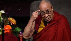 Mercedes cite le dalaï lama et s'excuse auprès des Chinois