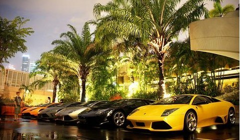 [Vidéo] Lou Hei à Singapour : Lotus, Lamborghini, Maserati et Ferrari à n'en plus pouvoir