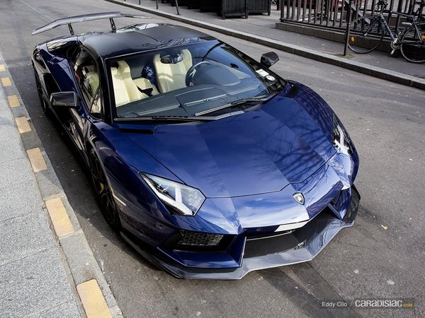 Photos du jour : Lamborghini Aventador Roadster DMC
