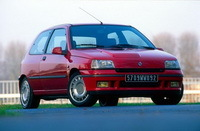 La p'tite sportive du lundi: Renault Clio 16S.