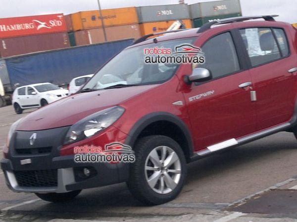 Photos volées : le restylage du Renault Sandero