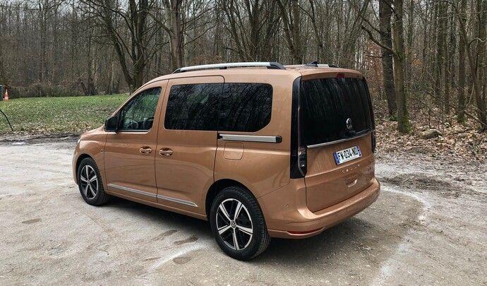 Volkswagen Caddy (2021) : les premières images de l'essai en live + impressions de conduite