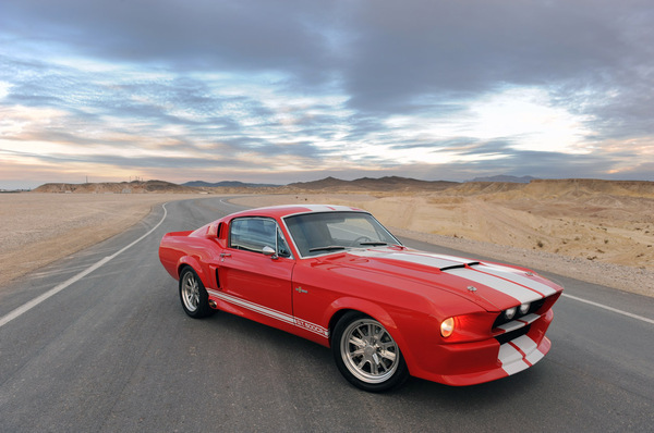 Classic Recreations Shelby GT500CR: Orfève et boules de gomme