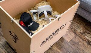 Abarth lance un kit d'essai en réalité virtuelle, livré à domicile
