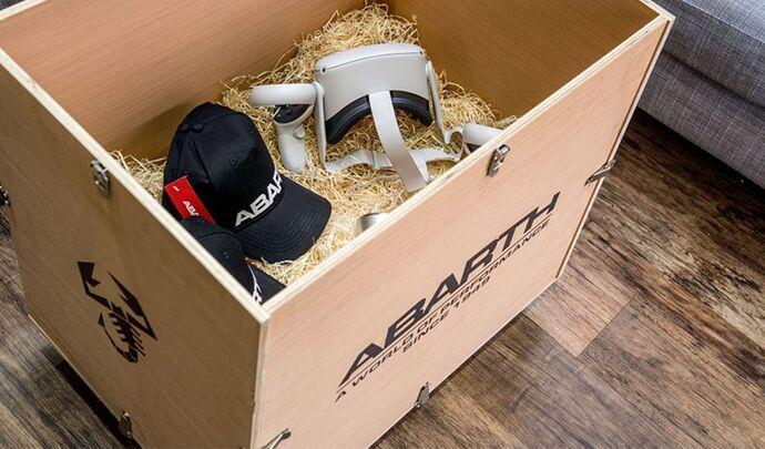 Abarth lance un kit d'essai en réalité virtuelle, livré à domicile - Caradisiac.com