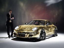 Impressionnant, la Porsche la plus lente du monde à l'attaque sur circuit !