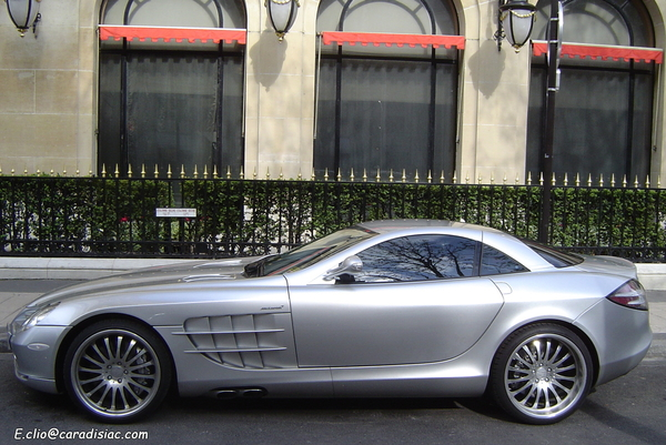 Photos du jour : Mercedes SLR McLaren