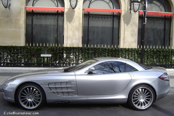 Photos du jour : Mercedes SLR McLaren
