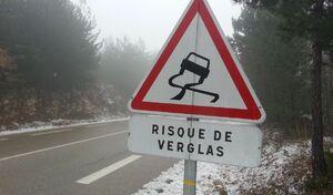 Verglas: 8conseils pour la conduite sur les routes glissantes