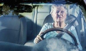 Seniors, une catégorie de personnes à risque au volant?