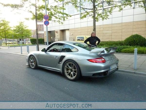 Porsche 911 GT2 RS : déjà dans la rue