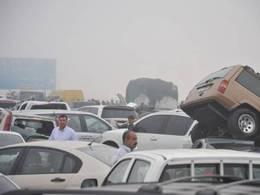 Dubaï : un carambolage de 2km et 127 voitures !