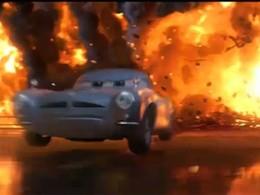 Extrait de Cars 2 : Finn McMissile poursuivi par une horde de méchants