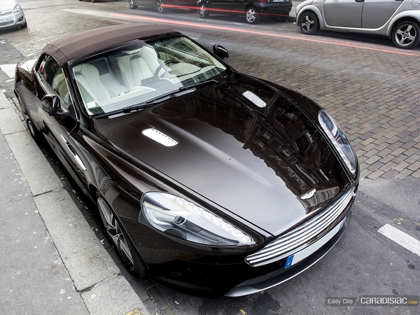 Photos du jour : Aston Martin Virage Volante