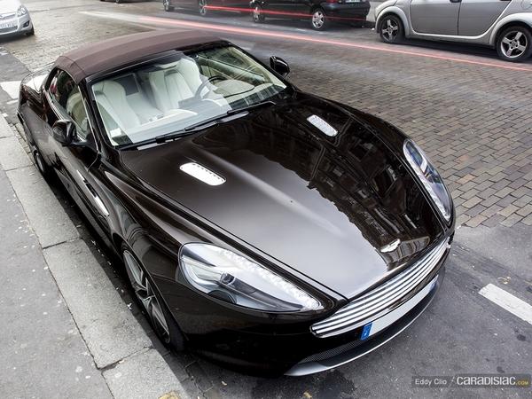 Photos du jour : Aston Martin Virage Volante