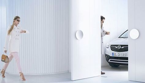 Opel dévoile une partie du Crossland X