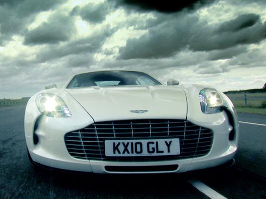 L'Aston Martin One-77 bat tous les records, à plus de 1,3 million d'euros... HT!