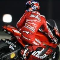 Moto GP - Qatar D.1: Stoner résiste aux débutants