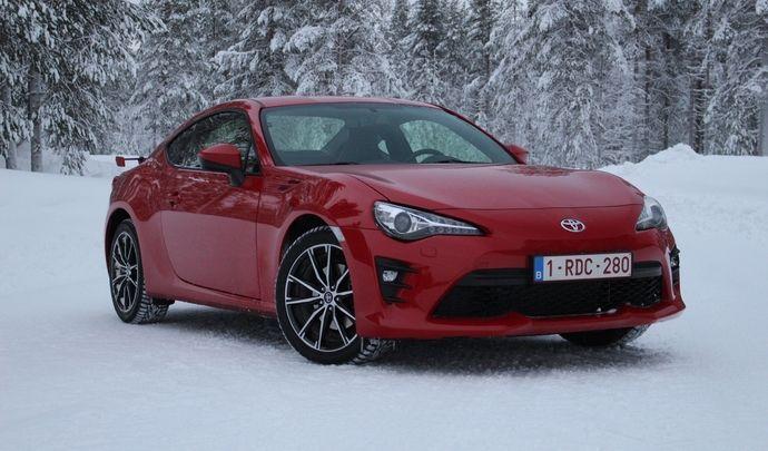 Essai vidéo - Toyota GT86 restylée (2017) : la reine des neiges