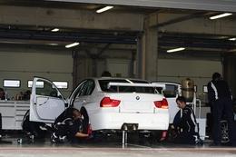 Echos des paddocks #22: Le Mexique 2010 annulé et BMW prêt pour 2011 en WTCC. Une femme de plus en IndyCar...