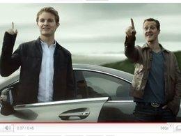 [vidéo pub] Mercedes GP : Schumi et Nico comme on ne les voit jamais