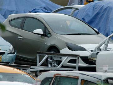 Futur Opel Astra Sports Coupé en clair