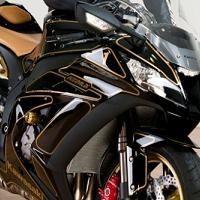 Actualité moto - Kawasaki: Une ZX-10R brésilienne travestie en Formule 1