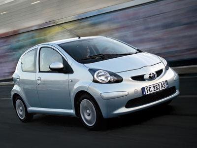 Toyota : les prochaines générations d'iQ et d'Aygo en hybride ?
