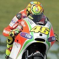 Moto GP – Ducati: Si Rossi commence à négocier son contrat Crutchlow aimerait bien lire le sien!