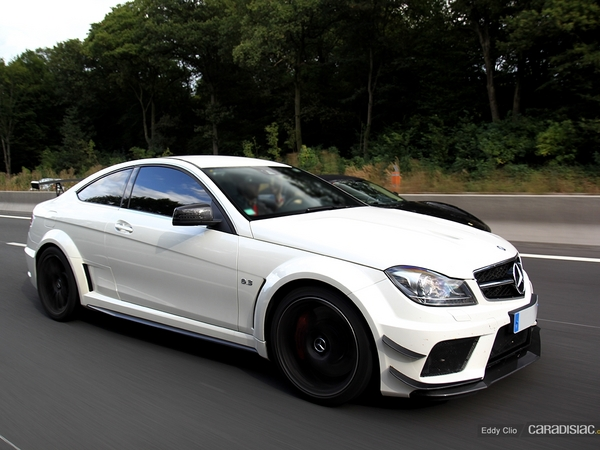 Photos du jour : Mercedes C63 AMG Black Series (Cars and Coffee Paris)